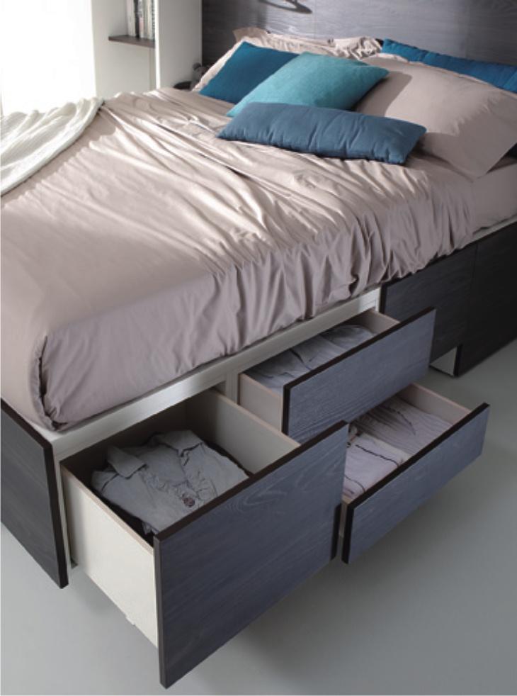 Cargo: letto moderno con testiera imbottita
