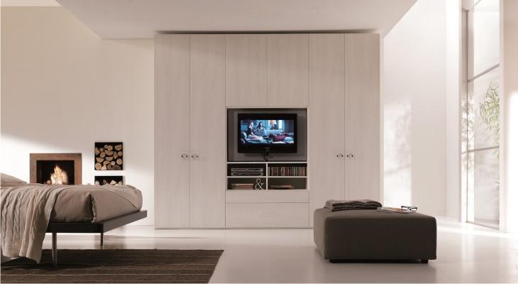 Armadio TV: lo spazio per il televisore nei nostri armadi